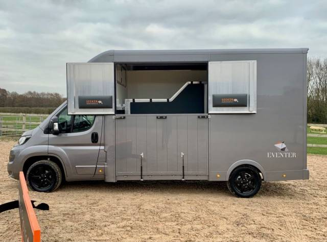 Peugeot Boxer 2.0 3.5 ton HorseBox stallion partition Strong build for large horses BLACK EDITION Commercial Diesel Grey at Seeker SsangYong Chesterfield