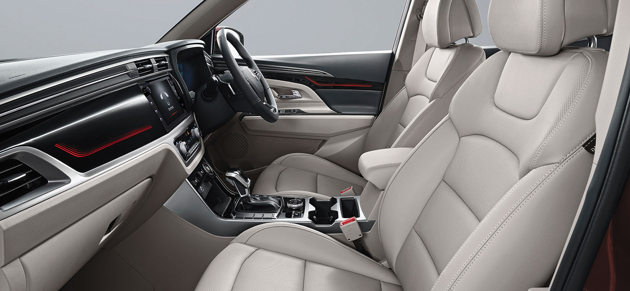 new-korando -Leather Seats
